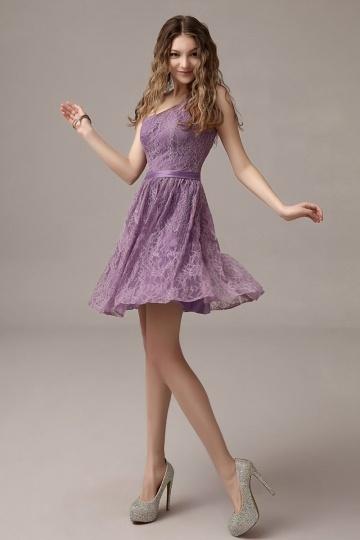 Robe de soirée violette asymétrique dentelle