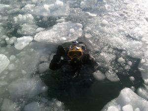 Plongée en eaux glacées
